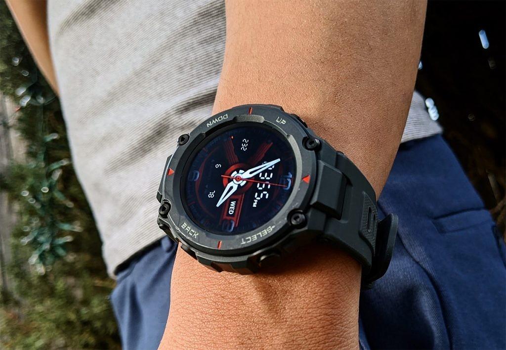 Smart Watch รุ่น Amazfit T-Rex