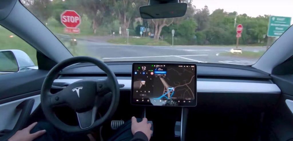 รถยนต์อัตโนมัติไร้คนขับ- Full Self – Driving Automation