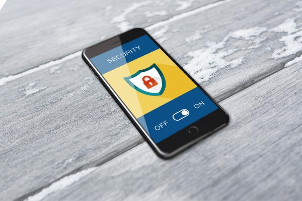 ความปลอดภัยใน iPhon กับวิธีป้องกัน